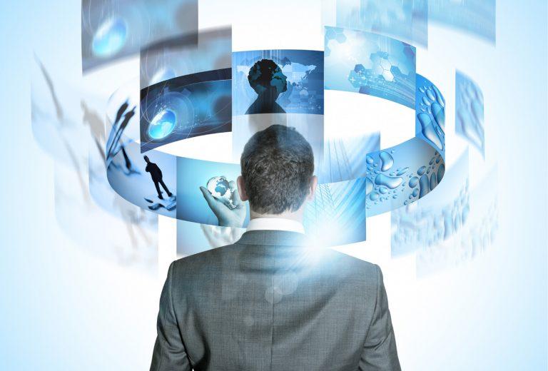 Bilgi teknolojilerinin gelişiminde bilişim firmaları nasıl bir yol izlemeli?