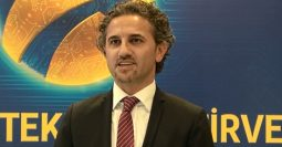 'Turkcell Superonline yeni teknolojileri Türkiye'ye getirecek'