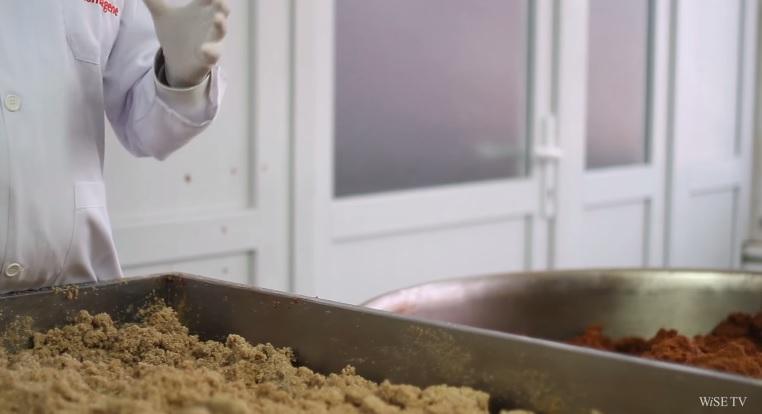 Komagene Çiğ Köfteleri nasıl üretiliyor?