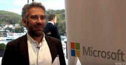 Microsoft'un Yılın En İyi KOBİ İş Ortağı Ödülü Makronet'e verildi