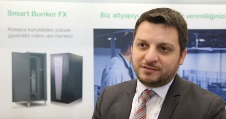 Schneider Electric micro veri merkezleri için ne tür çözümler sunuyor ?