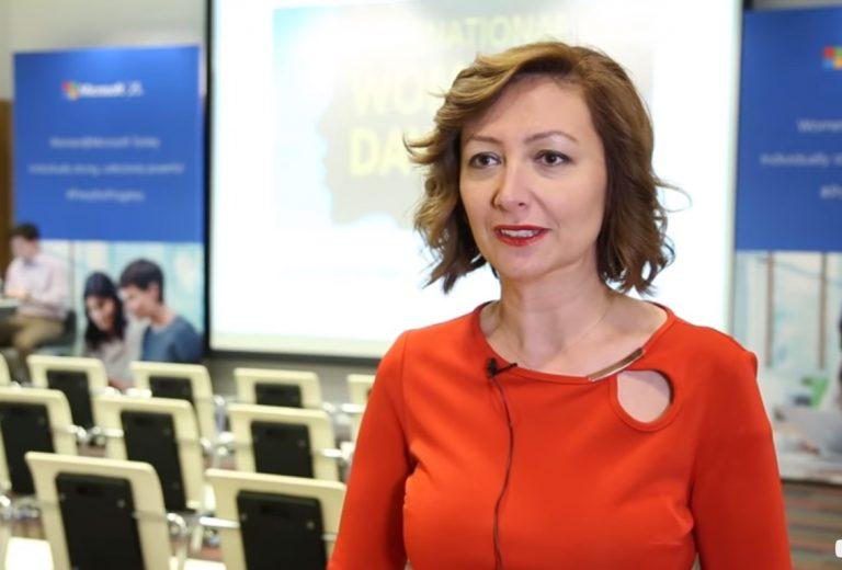 Microsoft'un kadın gelişimine yönelik projeleri